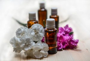what are essential oils, how to use essential oils, essential oil make and take parties, Aromatherapy Services, aromatherapy for beginners, aromatherapy consulting,